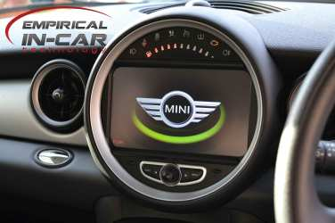 Mini Speedo Replacement with Touchscreen Sat Nav